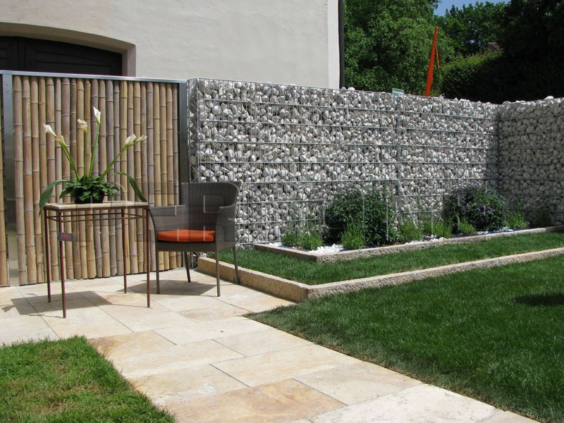Красивые заборы - 25 фото для вдохновения - - Во дворе