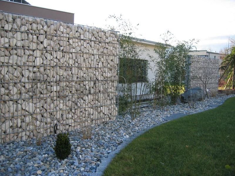 - Gartenmauer hang ...
